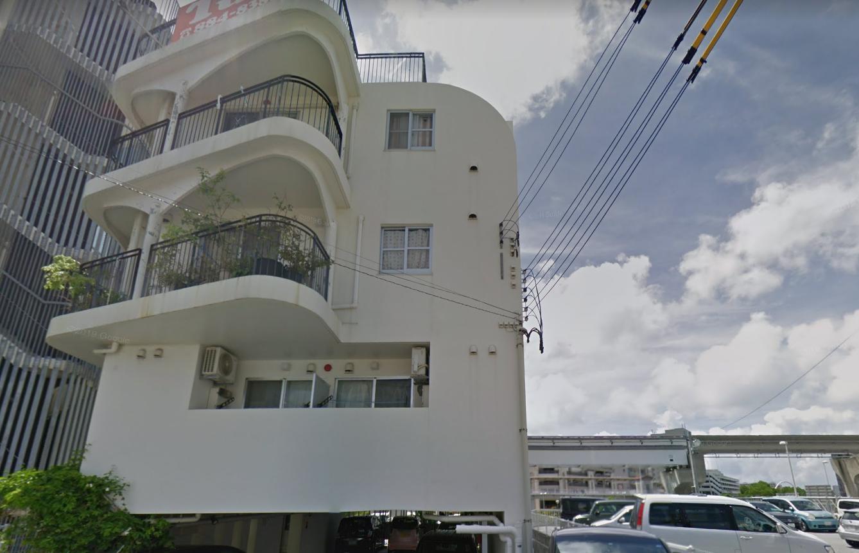 沖縄の占い タロットの「うらないmimic」宮里先生