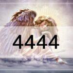 4444のエンジェルナンバーの重要な意味!復縁・仕事・ツインレイ・片思い……天使が伝えたいこと